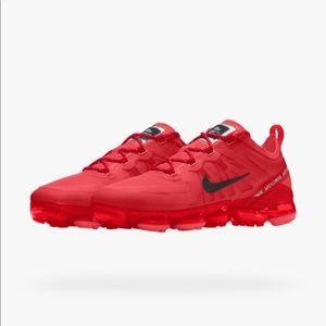 NWT Nike ID Vapormax 2019 - Red University